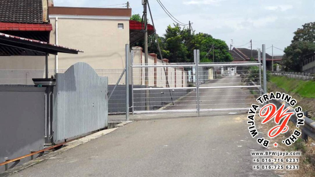 BP Wijaya Trading Sdn Bhd Malaysia manufacturer Distributor safety fences building materials Anti Climb Fence Hotdip Galvanized Fence Door and Fence Gate Mesh Wire Fence BRC from Johor Batu Pahat B01
