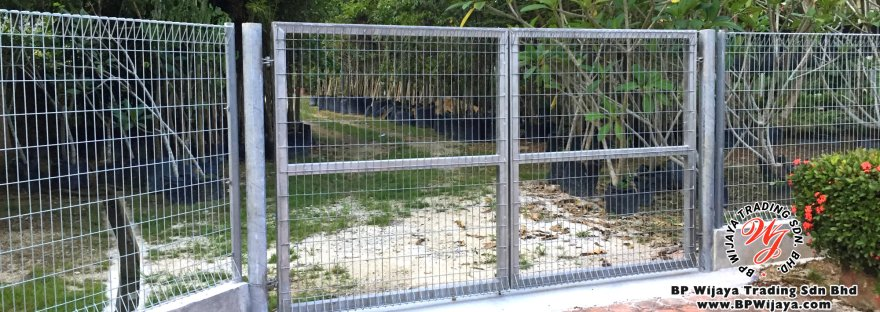 BP Wijaya Security Fence Door Manufacturer Malaysia We wholesale kinds of security fence and accessories A comfort environment for you and your loved ones A06
